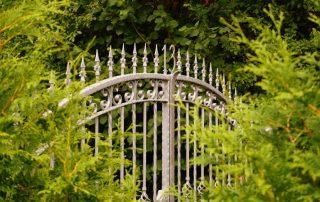 Smeedijzeren poorten - een goede keuze